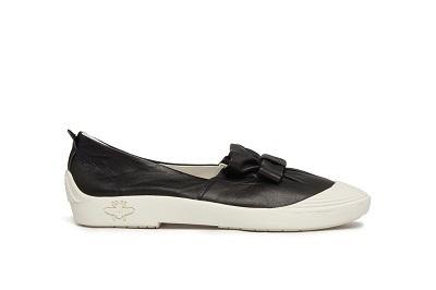 315-5 Black Vintage Bow Sneakers