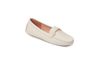 A8-2A Beige Loafers