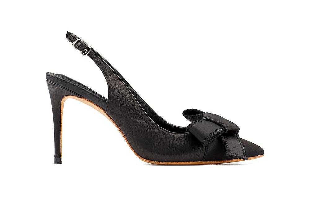 9039 2 Black Dainty Heels