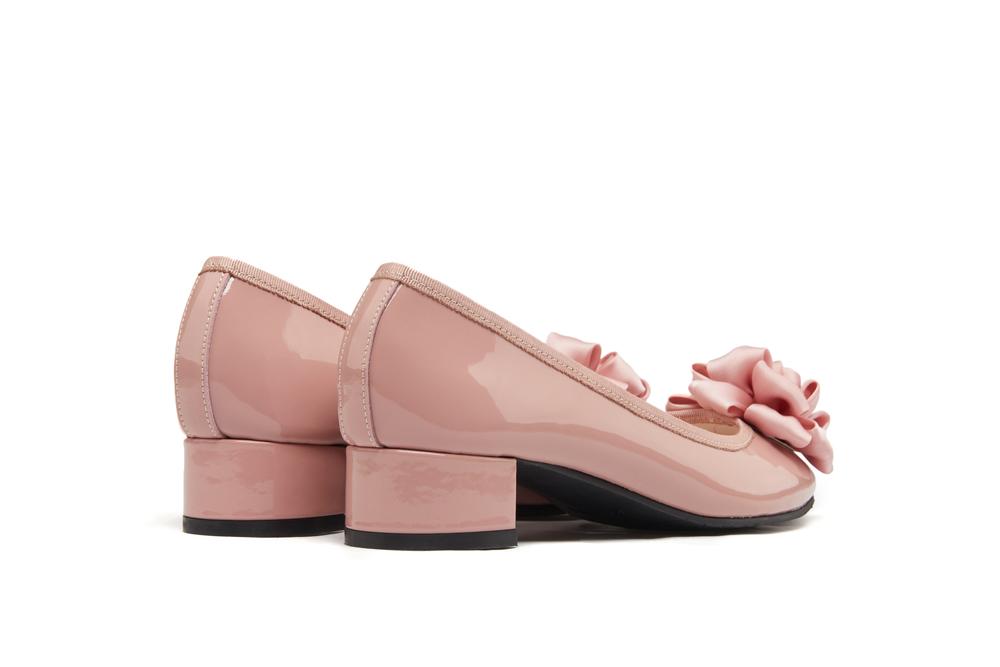 d51852e1a3a ... 520-2 Deep Pink Pretty Bow Pumps. previous. previous. Share