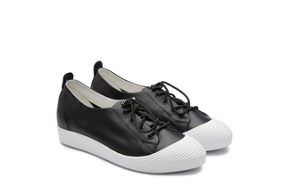 319-3 Black Lace Up Sneakers