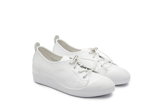 319-3 White Lace Up Sneakers