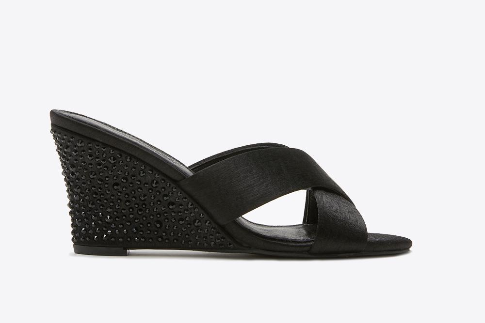 c6710e79f816 3041-1 Black Criss Cross Wedge Sandals