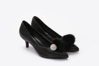 286-19 Black Pom Pom Classic Heels