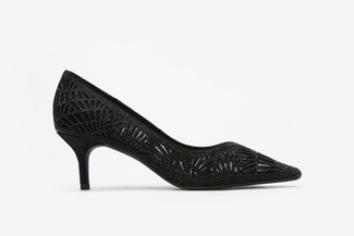 5609-10 Black Cut Out Pointy-Toe Pump Heels