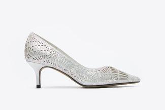 5609-10 Silver Cut Out Pointy-Toe Pump Heels