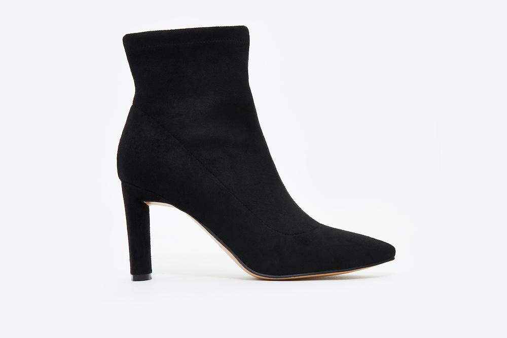 a2e55bcac46e 6655-501 Black Pointed Toe Suede Boots