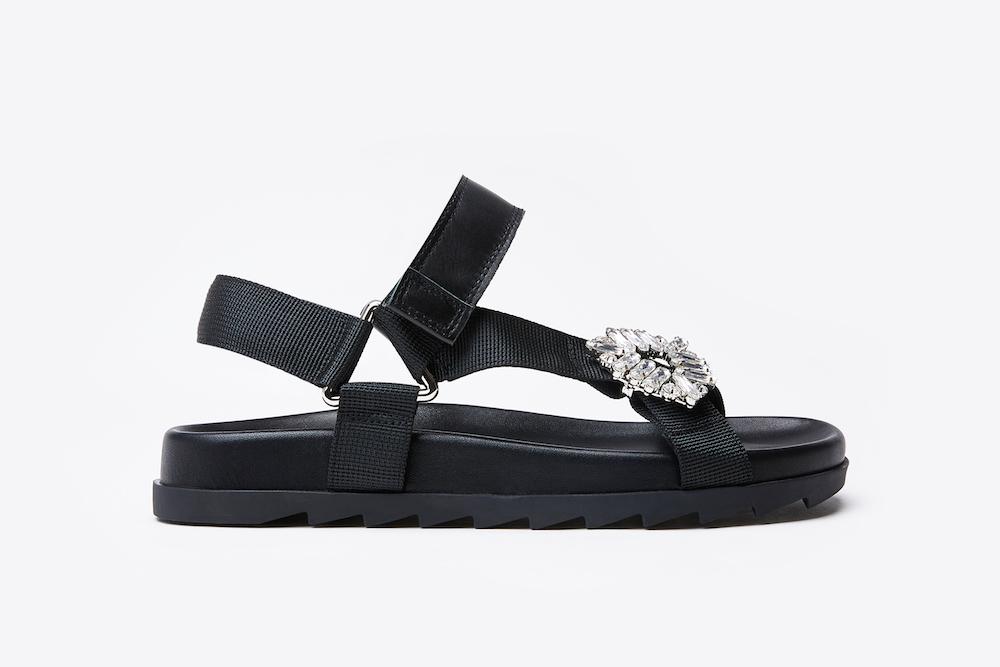 d75f76a9b A122-215 Black Striking Strappy Sandals