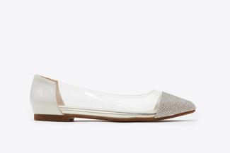 8260-13 White Vinyl Pointy Toe Flats