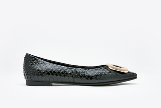 8728-31 Black Snake Skin Effect Leather Buckle Flats