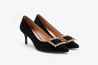 1806-213 Black Vintage Buckle Heels