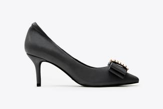 1898-1 Black Studded Front Heels