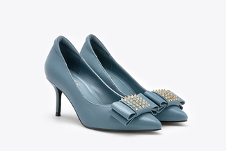 1898-1 Blue Studded Front Heels