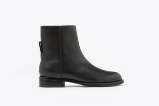 0079-325A Black Classic Leather Ankle Boots