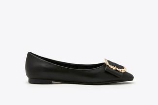 8728-23 Black Vintage Buckle Leather Flats