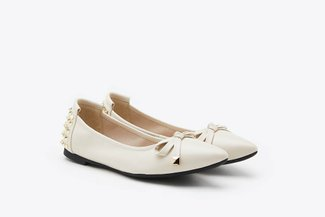 833-20 Beige Spikes Embellished Leather Pointy Toe Flats