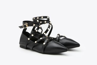 3660-35 Black Strappy Pointy Toe Leather Ankle Ballet Flats