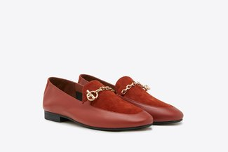 8998-7 Brick Red Two-Tone Leather Chain Loafers