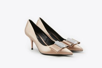 LT183-12 Champagne Crystal-Embellished Ribbon Pointy Toe Leather Pumps