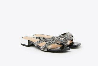 LT2209-259 Black Diamante Knotted Twist Leather Slides