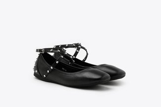 302-1 Black Studded Strap Round Toe Leather Flats
