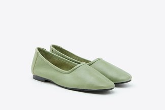 829-1 Green Glove Round Toe Leather Flats
