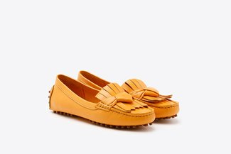 P6-02 Yellow Fringe Leather Loafers