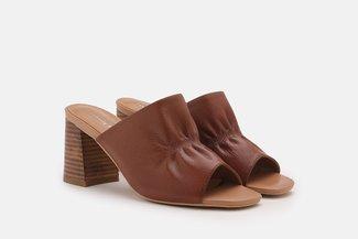 2021-6 Brown Ruched Minimalist Leather Heel Sandals