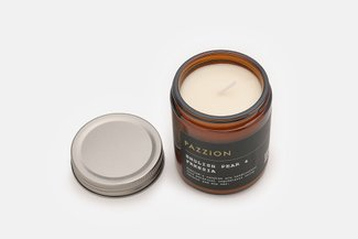 PAZZION English Pear & Freesia Scented Candle