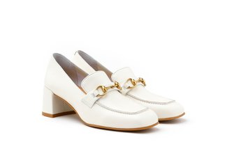 535-18 White Buckle Heeled Leather Loafers