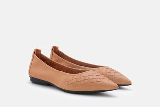 9550-26 Camel Weave Leather Pointy Toe Flats