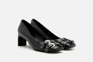 1751-1 Black Studded Buckle Patent Leather Pumps
