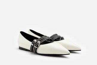 2019-3A White Buckled Strappy Pointed Leather Flats